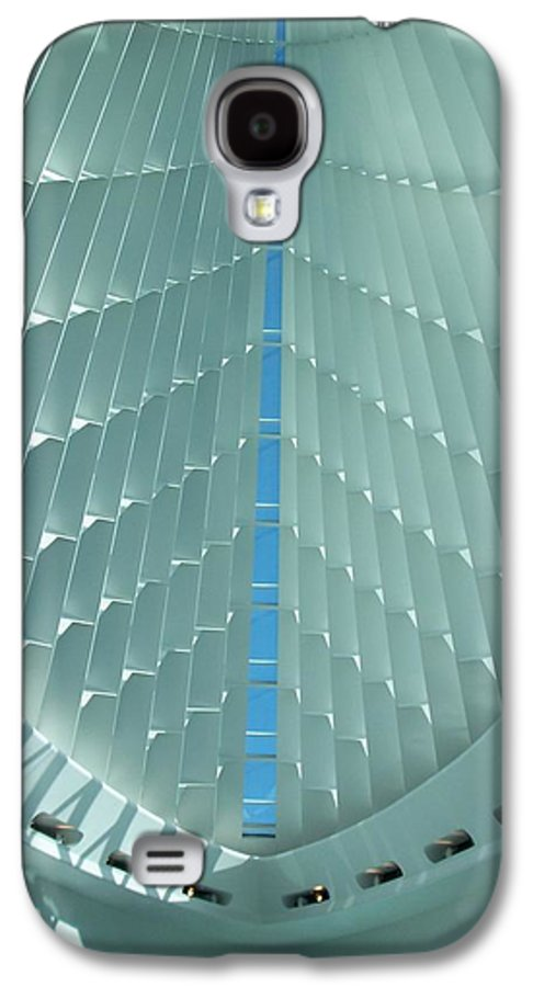 Mam Galaxy S4 Case featuring the photograph Milwaukee Art Museum Interior by Anita Burgermeister