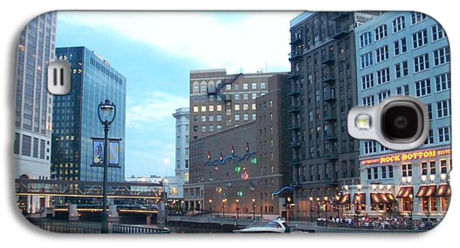 Milwaukee Galaxy S4 Case featuring the photograph Milwaukee River Walk by Anita Burgermeister
