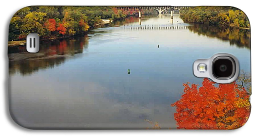 Mississippi Galaxy S4 Case featuring the photograph Mississippi River by Kathy Schumann