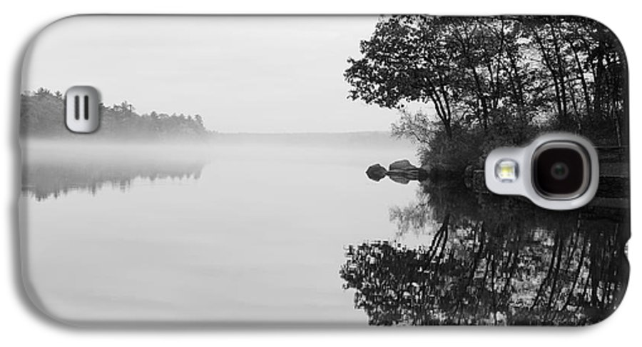 Douglas Galaxy S4 Case featuring the photograph Misty Cove by Luke Moore