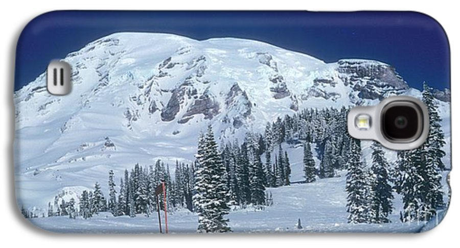 Mt. Rainier Galaxy S4 Case featuring the photograph Mt. Rainier by Larry Keahey