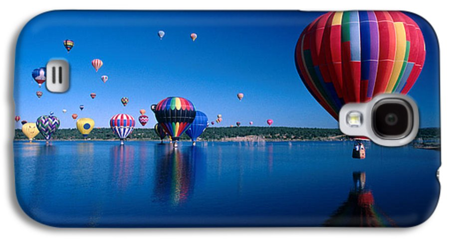 Hot Air Balloon Galaxy S4 Case featuring the photograph New Mexico Hot Air Balloons by Jerry McElroy