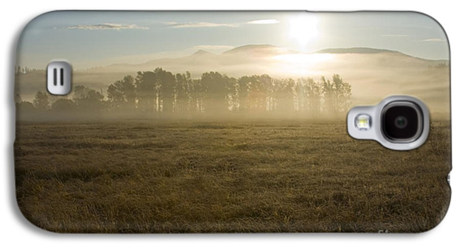 Atmosphere Galaxy S4 Case featuring the photograph October Atmosphere by Idaho Scenic Images Linda Lantzy