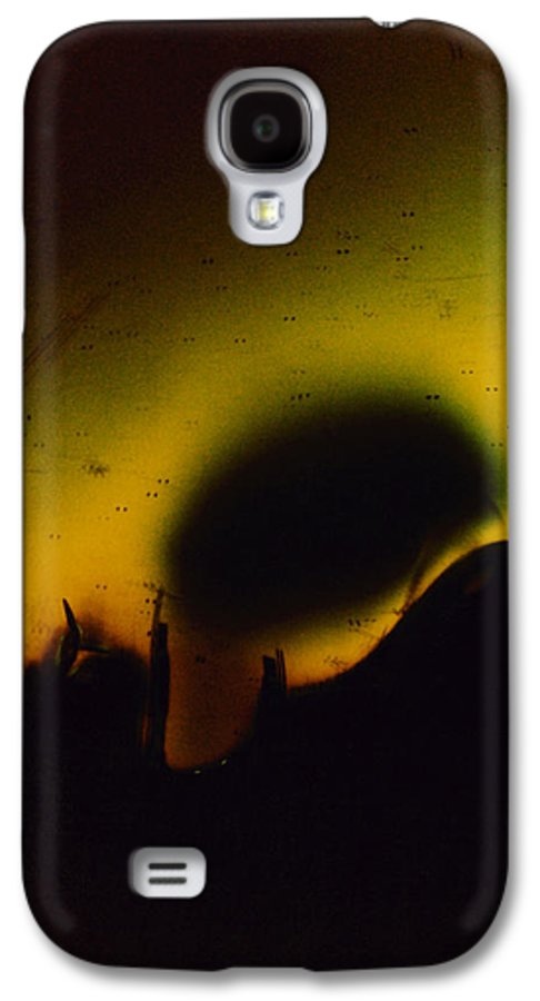 Abstract Galaxy S4 Case featuring the photograph Ormand by David Rivas
