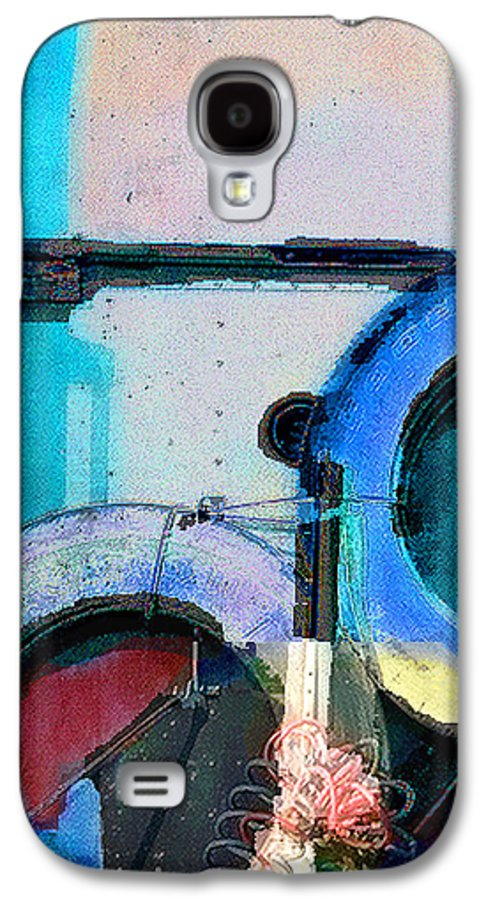 Abstract Galaxy S4 Case featuring the photograph panel three from Centrifuge by Steve Karol