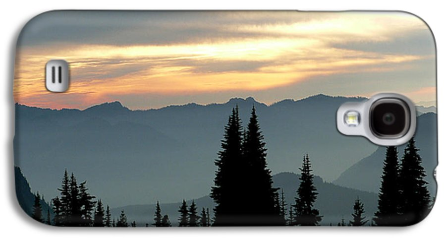Mountains Galaxy S4 Case featuring the photograph Peaks And Valley by Larry Keahey
