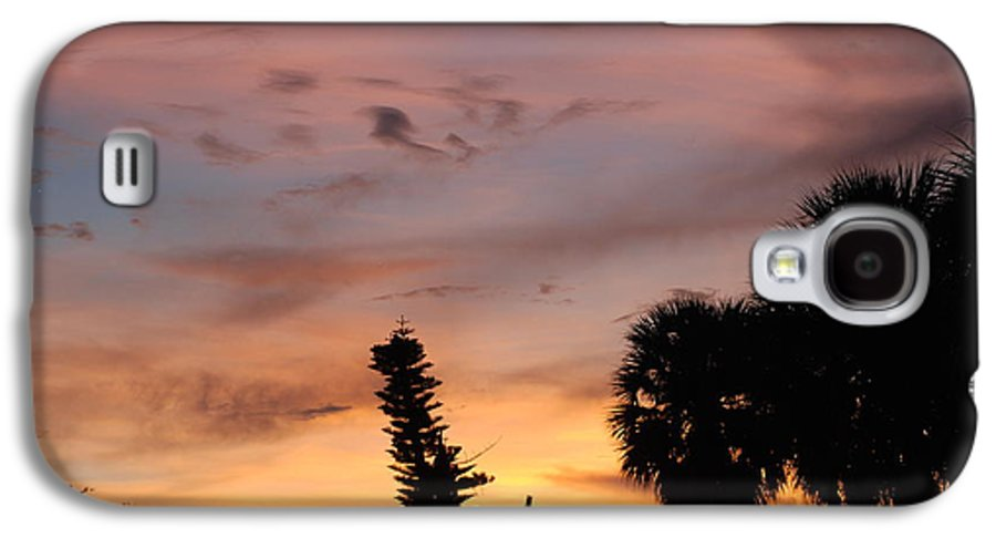 Sunset Galaxy S4 Case featuring the photograph Rainbow Sunset by Rob Hans