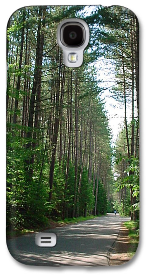 Fish Creek Galaxy S4 Case featuring the photograph Roadway At Fish Creek by Jerrold Carton
