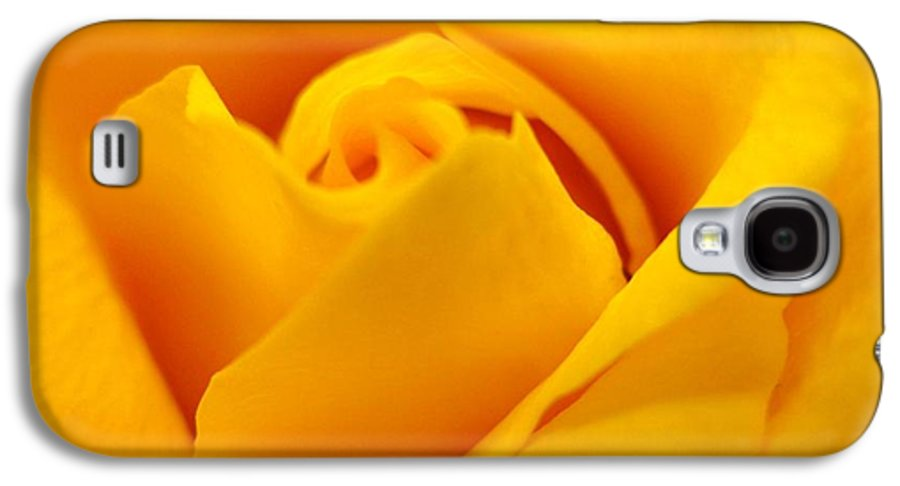 Rose Galaxy S4 Case featuring the photograph Rose Yellow by Rhonda Barrett
