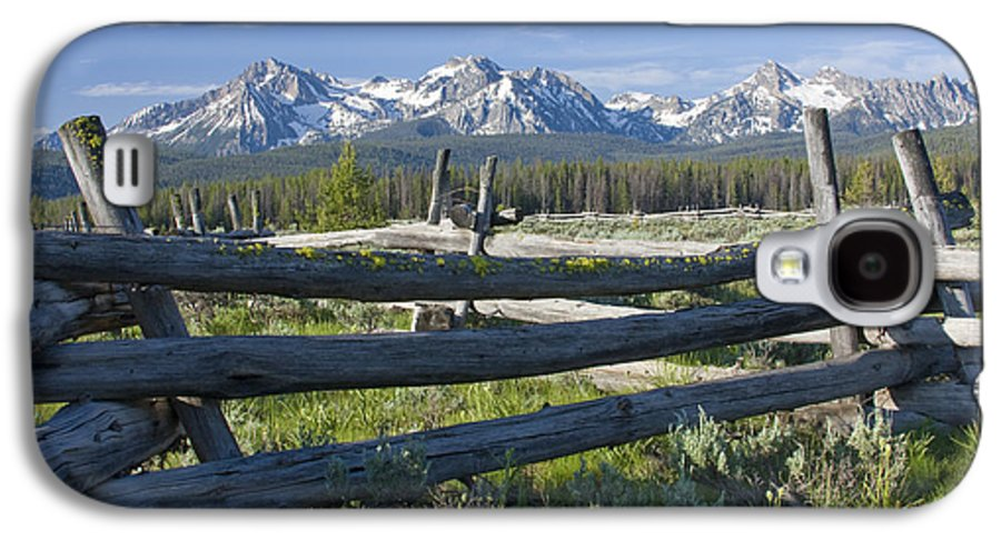 Sawtooth Galaxy S4 Case featuring the photograph Sawtooth Range by Idaho Scenic Images Linda Lantzy