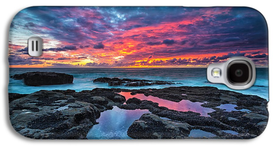 Sunset Galaxy S4 Case featuring the photograph Serene Sunset by Robert Bynum