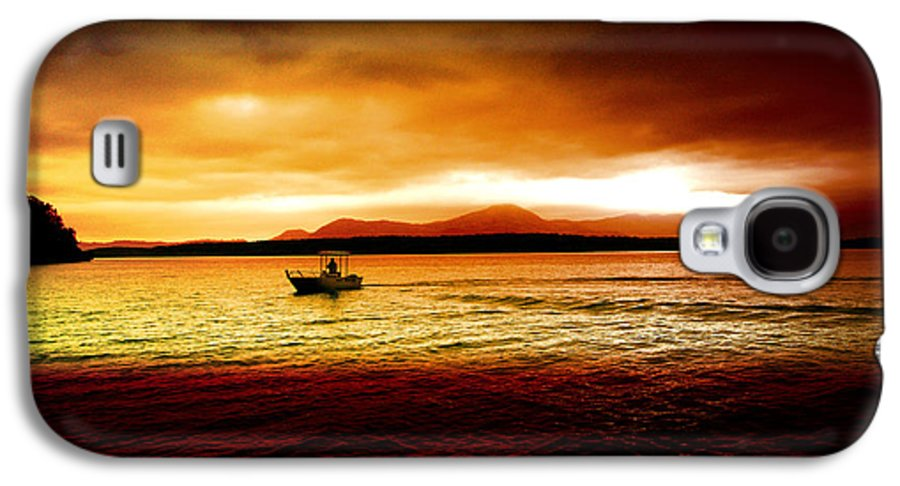 Landscape Galaxy S4 Case featuring the photograph Shores Of The Soul by Holly Kempe