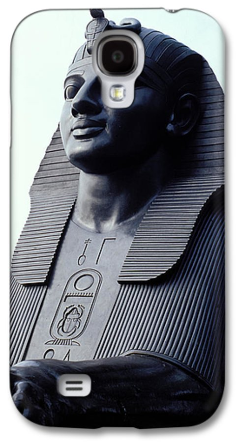 Egypt Galaxy S4 Case featuring the photograph Sphinx In London by Carl Purcell