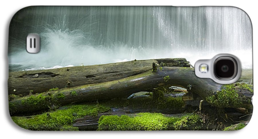 Idaho Galaxy S4 Case featuring the photograph Splash by Idaho Scenic Images Linda Lantzy