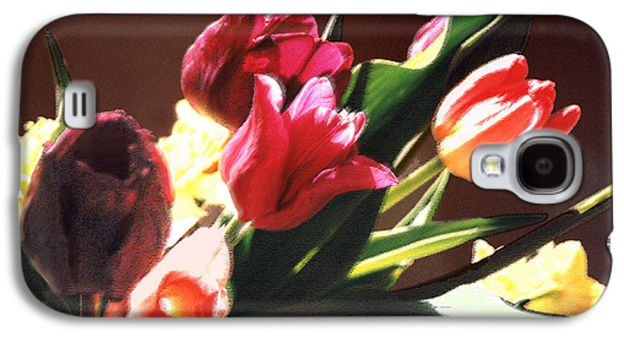 Floral Still Life Galaxy S4 Case featuring the photograph Spring Bouquet by Steve Karol