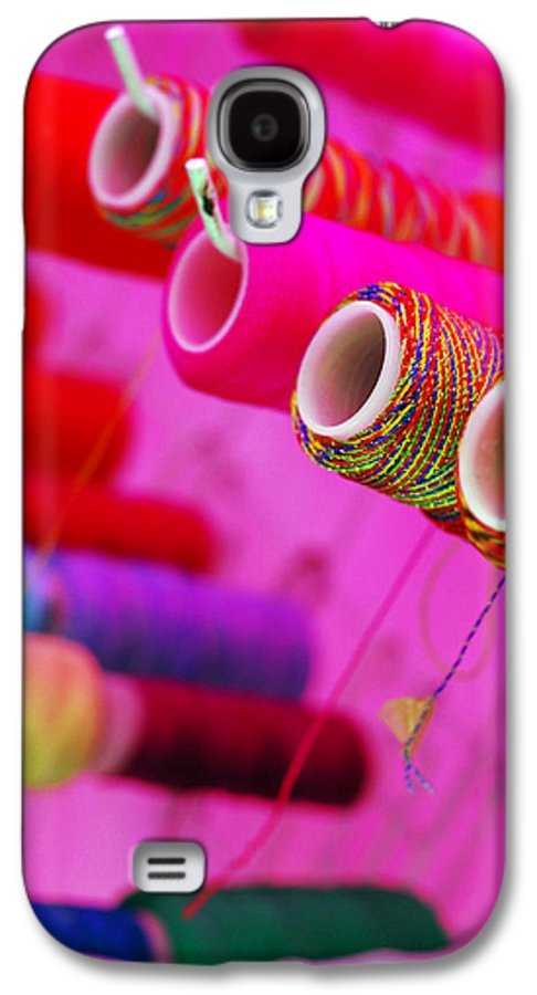 Color Galaxy S4 Case featuring the photograph String Theory by Skip Hunt