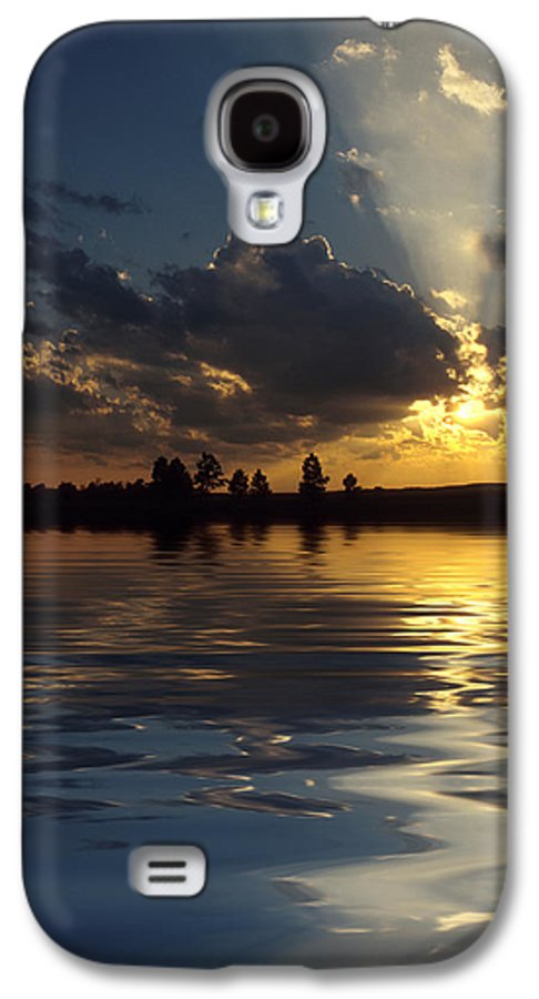 Sunset Galaxy S4 Case featuring the photograph Sunray Sunset by Jerry McElroy