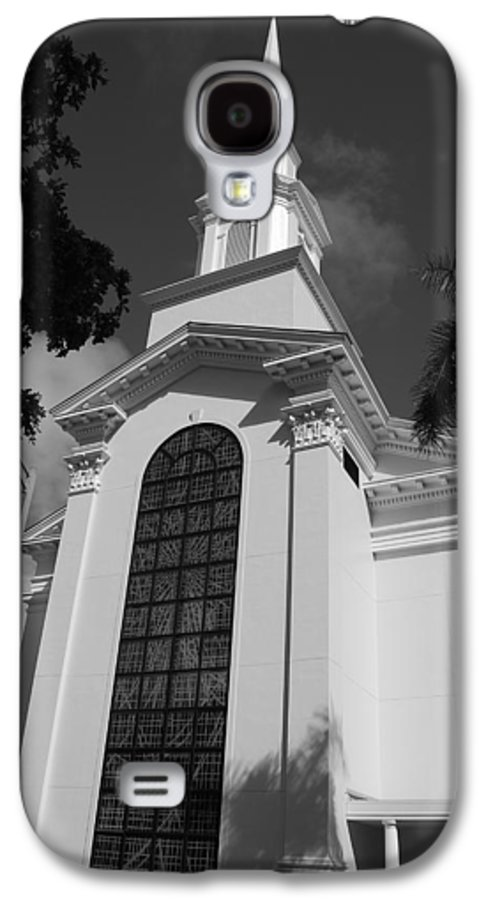 Architecture Galaxy S4 Case featuring the photograph Thats Church by Rob Hans