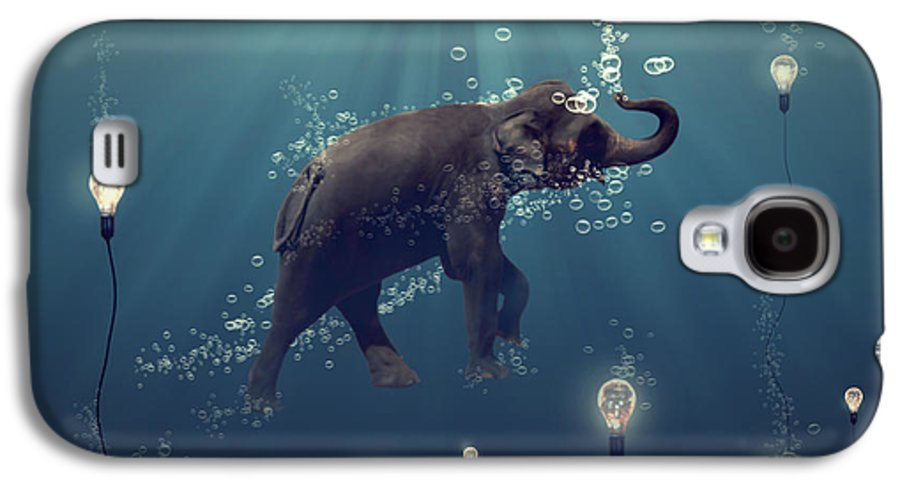 Elephant Galaxy S4 Case featuring the photograph The Dreamer by Martine Roch