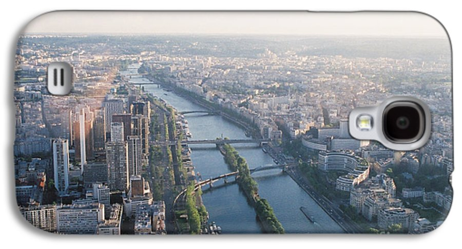 City Galaxy S4 Case featuring the photograph The Seine River In Paris by Nadine Rippelmeyer