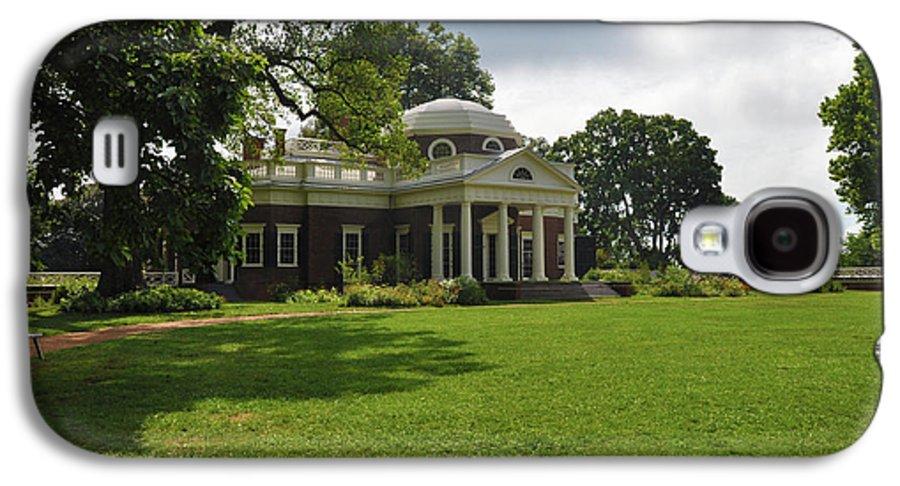 Thomas Jefferson Galaxy S4 Case featuring the photograph Thomas Jefferson's Monticello by Bill Cannon