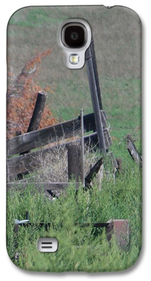 Farm Galaxy S4 Case featuring the photograph Untended Fences by Margaret Fortunato