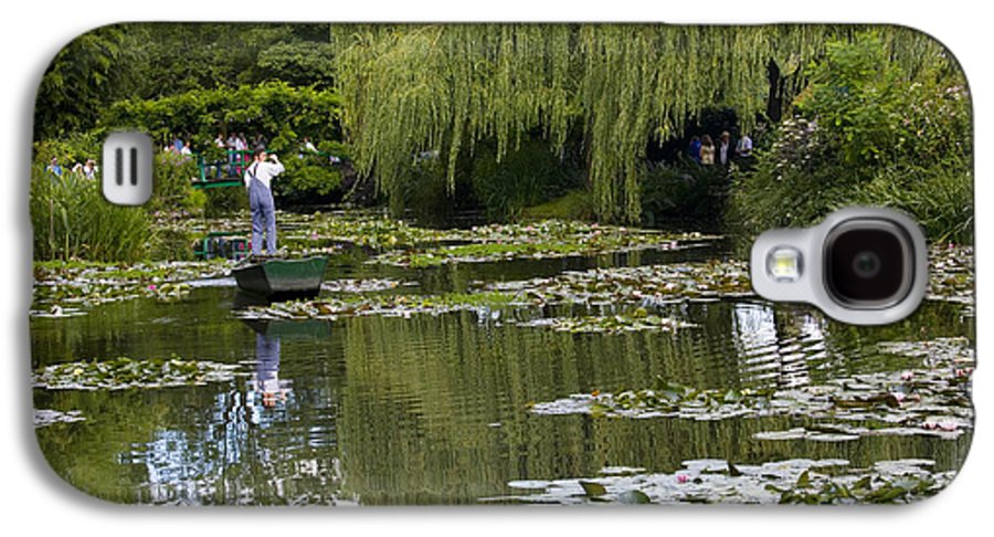 Monet Gardens Giverny France Water Lily Punt Boat Water Willows Galaxy S4 Case featuring the photograph Water Lily Garden Of Monet In Giverny by Sheila Smart Fine Art Photography