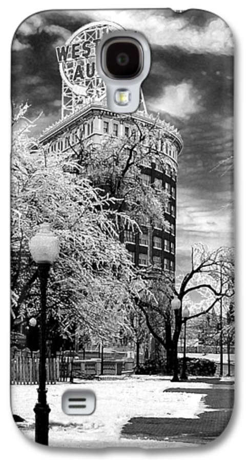 Western Auto Kansas City Galaxy S4 Case featuring the photograph Western Auto In Winter by Steve Karol