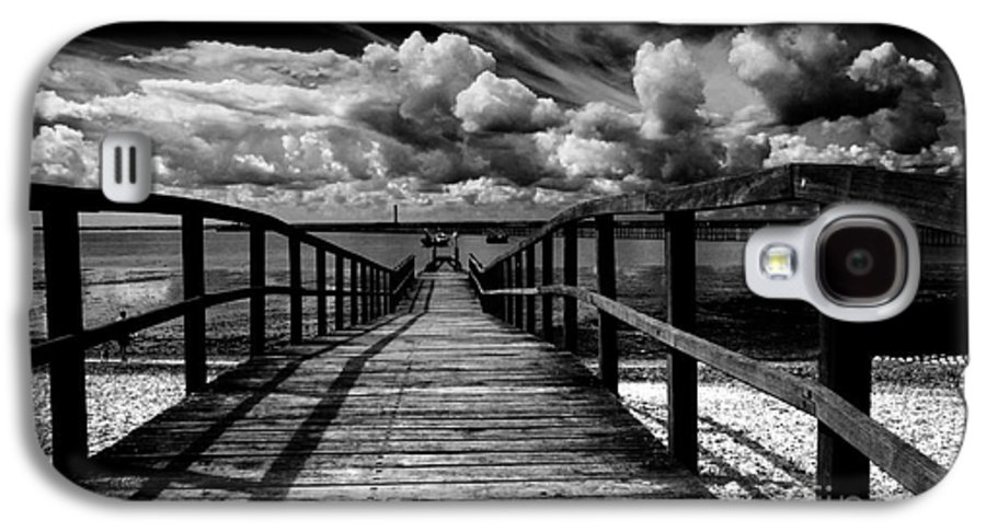 Southend On Sea Wharf Clouds Beach Sand Galaxy S4 Case featuring the photograph Wharf At Southend On Sea by Sheila Smart Fine Art Photography