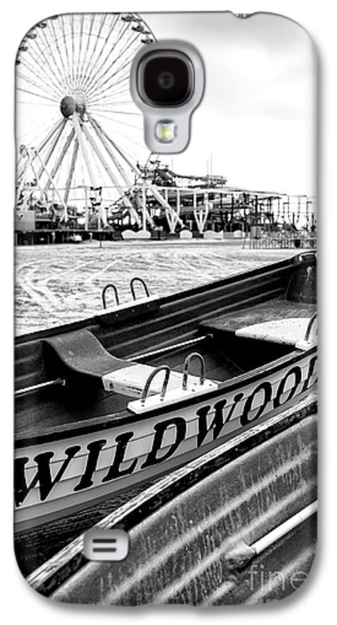 Wildwood Black Galaxy S4 Case featuring the photograph Wildwood Black by John Rizzuto