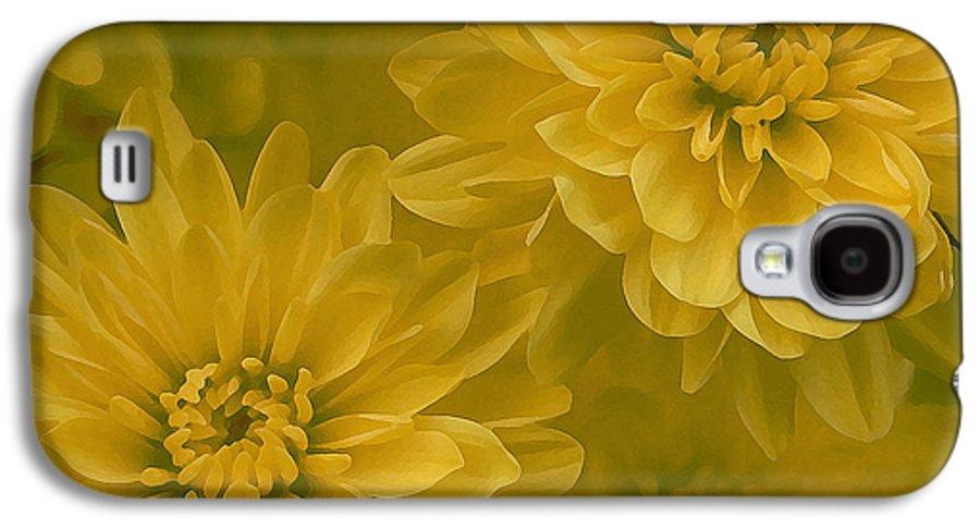 Yellow Mum Art Galaxy S4 Case featuring the photograph Yellow Mums by Linda Sannuti