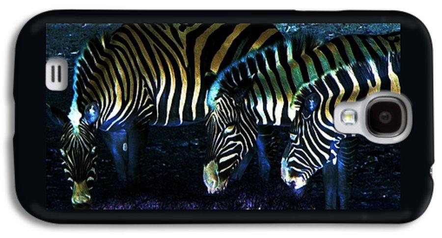 Zebra Galaxy S4 Case featuring the digital art Zebras Glow by Kenna Westerman