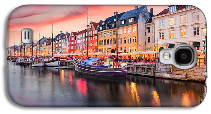 City Galaxy S4 Case featuring the photograph Copenhagen, Denmark On The Nyhavn Canal by Sean Pavone