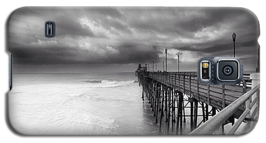 Galaxy S5 Case featuring the photograph Long Exposure Sunset At The Oceanside by Larry Marshall