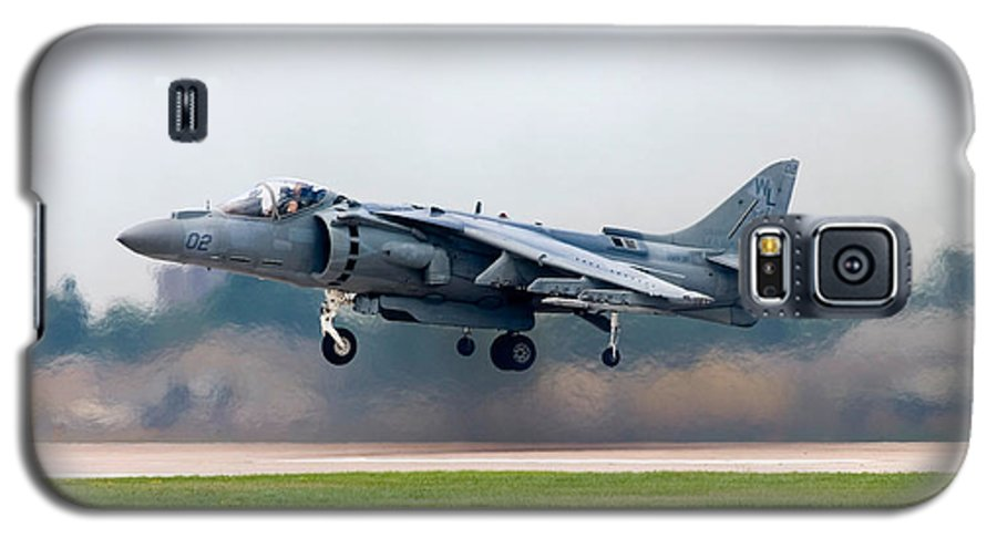 3scape Galaxy S5 Case featuring the photograph Av-8b Harrier by Adam Romanowicz