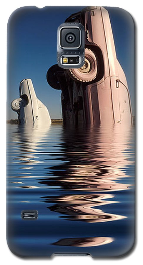 Cadillac Galaxy S5 Case featuring the photograph Bobbing For Carburetors by Jerry McElroy