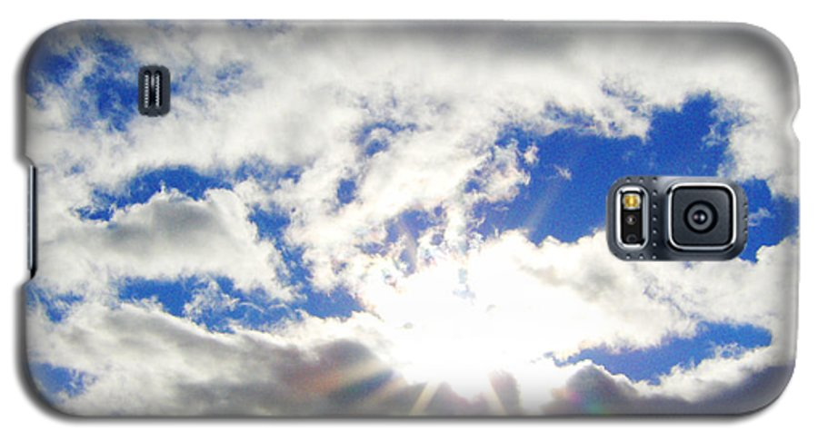 Sky Galaxy S5 Case featuring the photograph Breaking Through by J Andrel