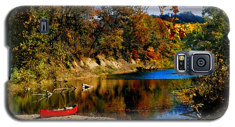 Autumn Galaxy S5 Case featuring the photograph Canoe On The Gasconade River by Steve Karol