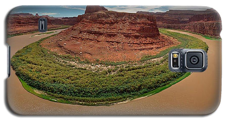 3scape Photos Galaxy S5 Case featuring the photograph Colorado River Gooseneck by Adam Romanowicz