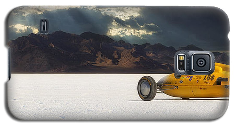 Bonneville Galaxy S5 Case featuring the photograph Dakota 158 by Keith Berr