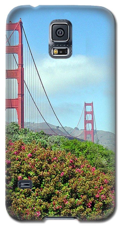 Golden Gate Bridge Galaxy S5 Case featuring the photograph Golden Gate by Suzanne Gaff