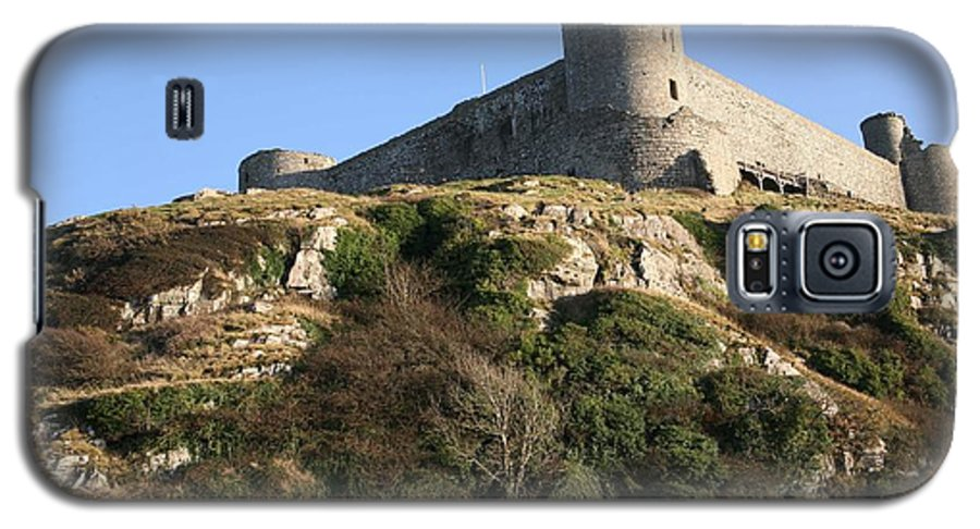 Castles Galaxy S5 Case featuring the photograph Harlech Castle by Christopher Rowlands
