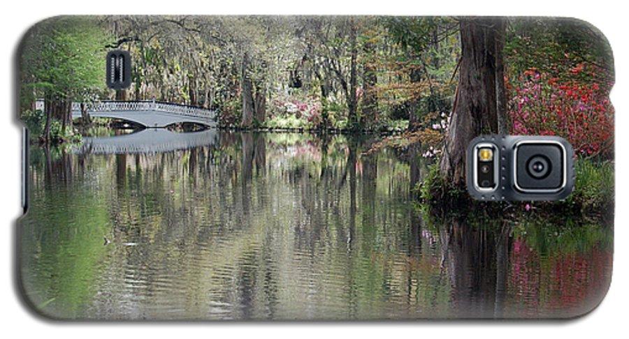Magnolia Plantation Garden Galaxy S5 Case featuring the photograph Magnolia Plantation Gardens Series II by Suzanne Gaff