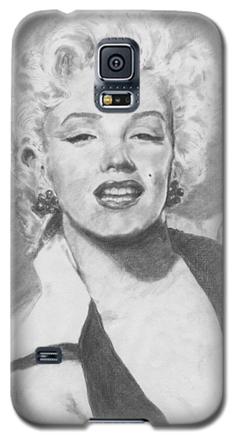 Marilyn Galaxy S5 Case featuring the drawing Marilyn. by Janice Gell