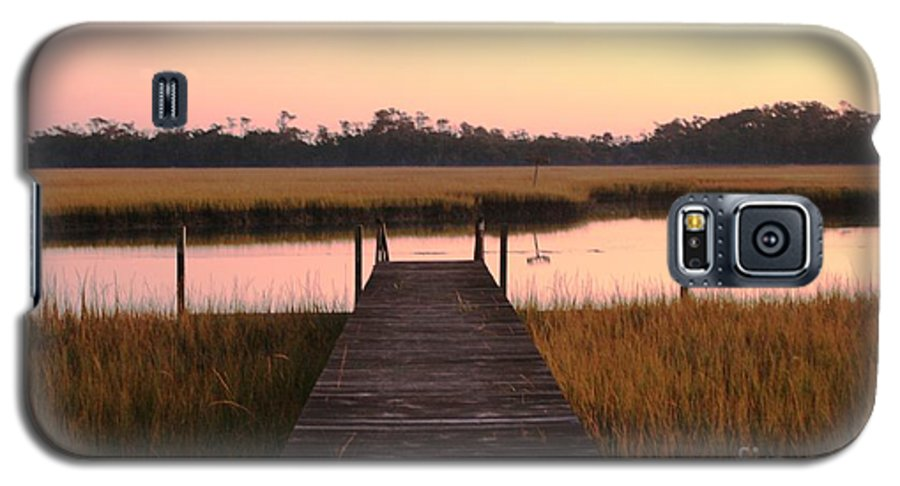 Pink Galaxy S5 Case featuring the photograph Pink And Orange Morning On The Marsh by Nadine Rippelmeyer