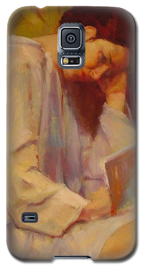 Figure Galaxy S5 Case featuring the painting Reading In The Blue Robe by Irena Jablonski