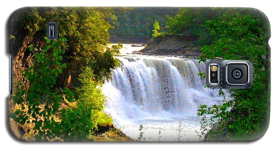 Falls Galaxy S5 Case featuring the photograph Scenic Falls by Rhonda Barrett