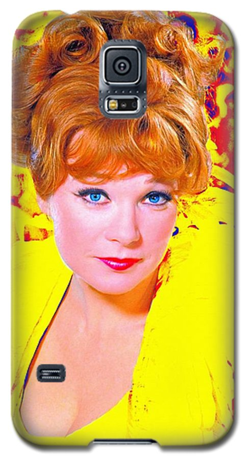 Shirley MacLaine in What a Way to Go Galaxy S5 Case for ... Shirley Maclaine What A Way To Go Images