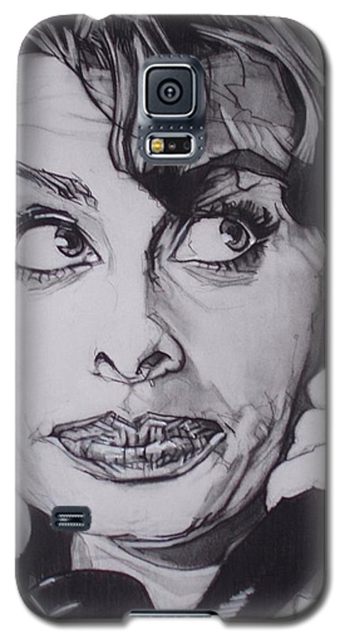 Charcoal;icon;actress;diva;italian;cat Eyes;beautiful;cute;adorable Galaxy S5 Case featuring the drawing Sophia Loren Telephones by Sean Connolly