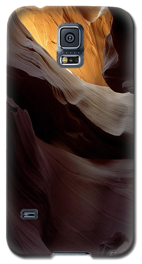 Slot Canyons Galaxy S5 Case featuring the photograph Swopes by Kathy McClure